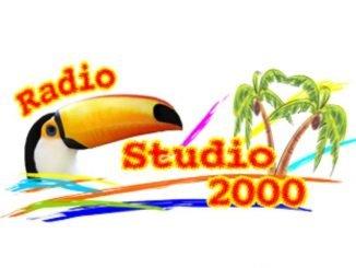 radio studio 2000 800x800px