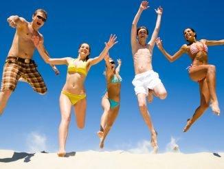 Happy People HD Wallpaper Summer