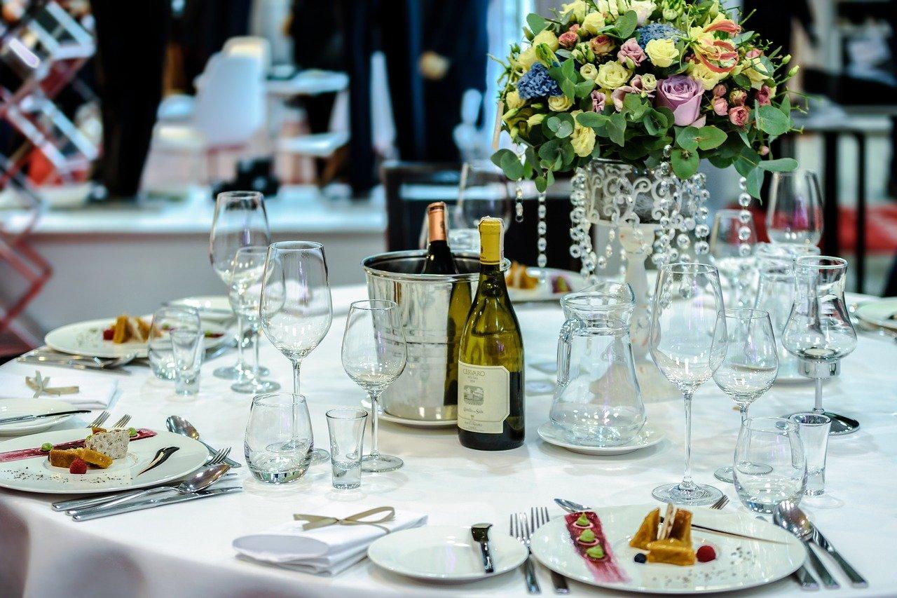 exclusive banquet 1812772 1280