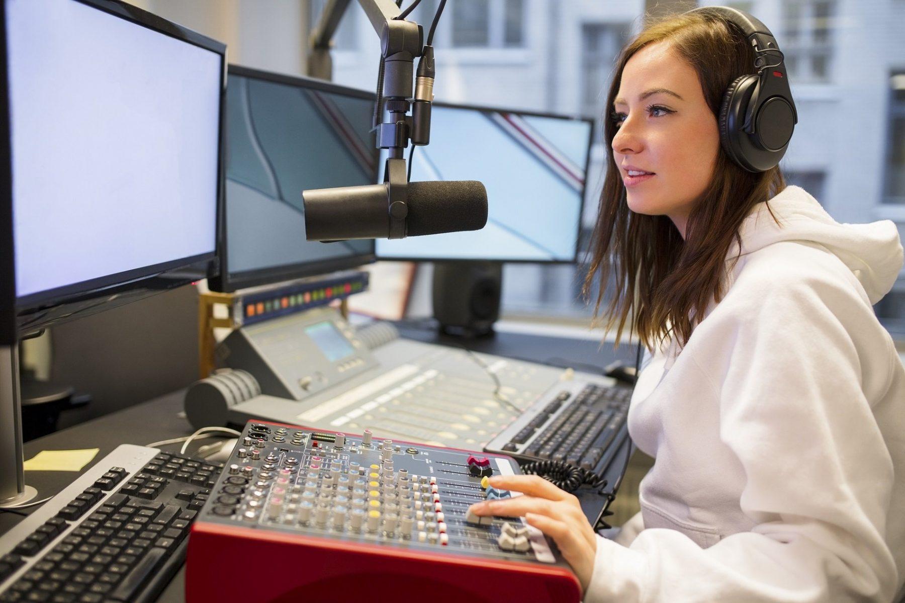 Radio Personalizzata NEGOZI Musica In Store radio ok e1606236978786